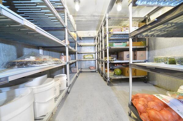 Cooler Freezer MetroMax Shelving
